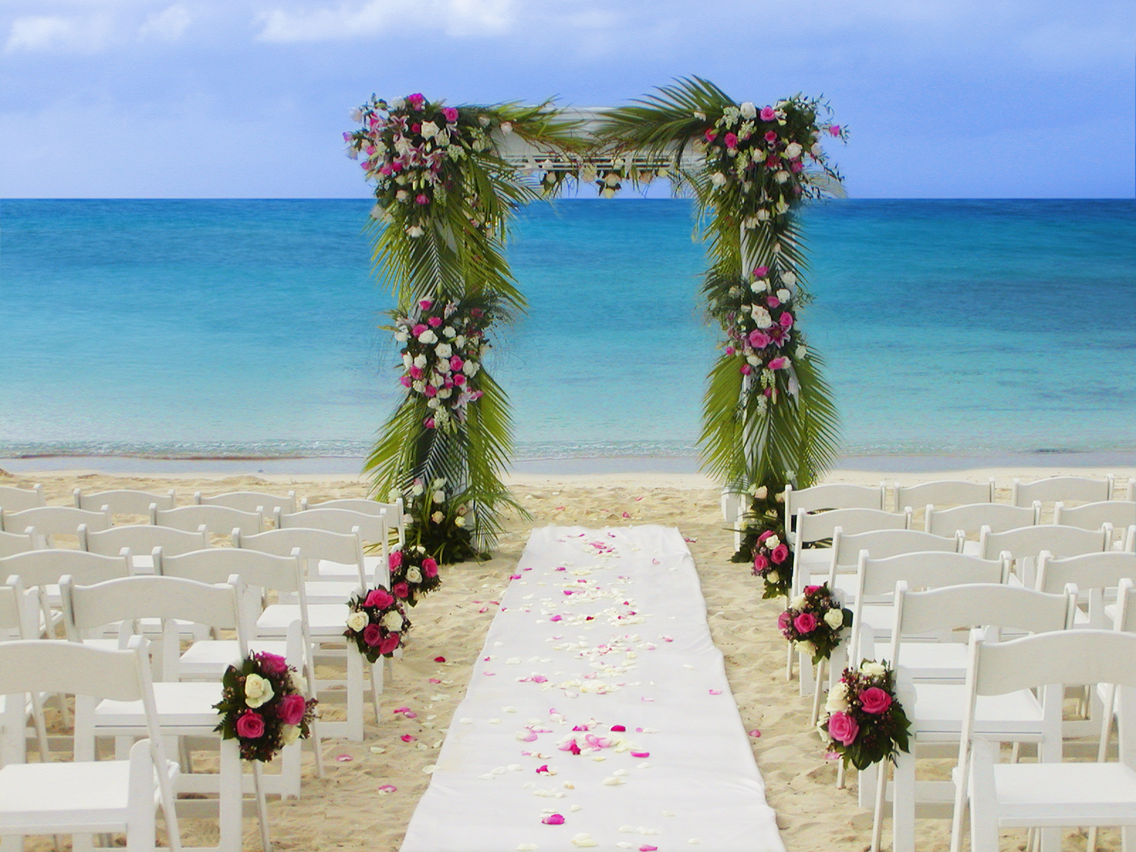 Escape the cold and head to paradise atlantis paradise for Destination wedding location ideas